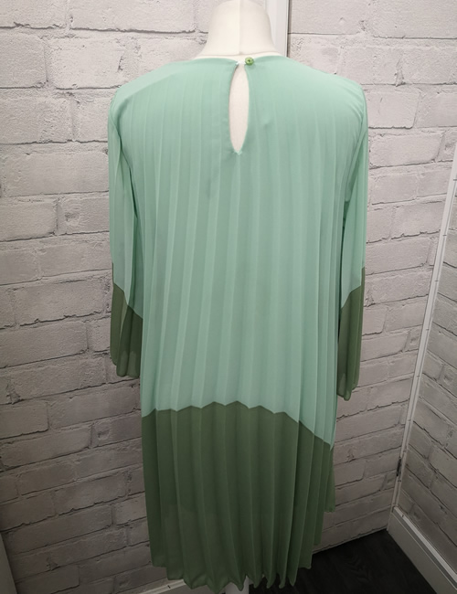Diva's - Block Dress - Mint - Back