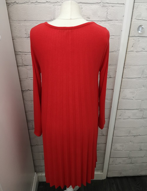 Made In Italy - Pleated Dress - Red - Back