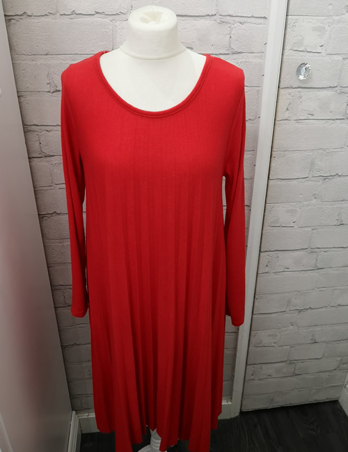 Made In Italy - Pleated Dress - Red - Front