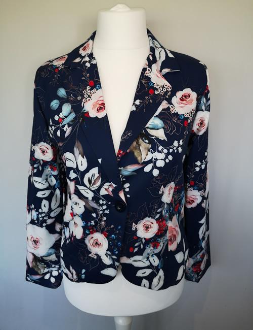 Moda - Navy Floral Jacket