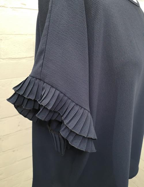 Moda - Ruffle Sleeve Top - Navy Blue - Detail