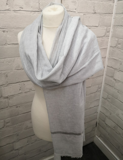 Toskatok Scarf - Light Grey