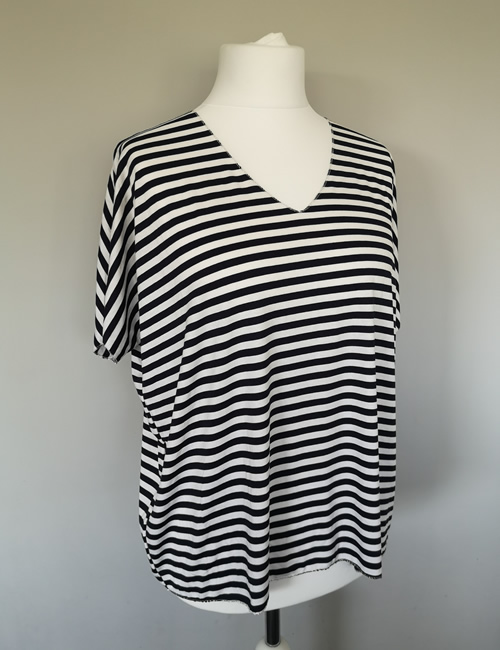 Made In Italy - Striped Top - Navy