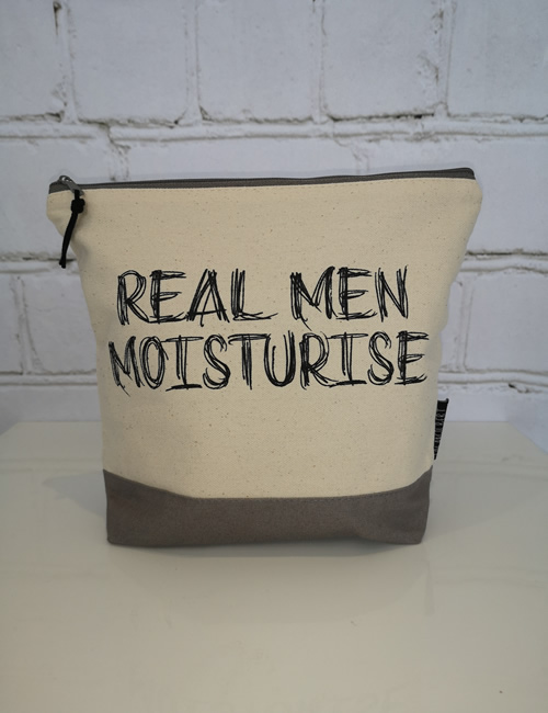 Lola & Gilbert - Washbag - Men - Front