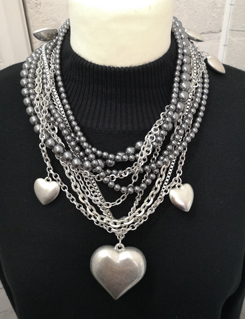 Sonrisa - Large Heart Necklace