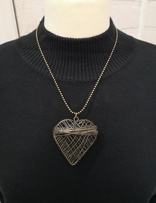 Sonrisa - Wire Heart