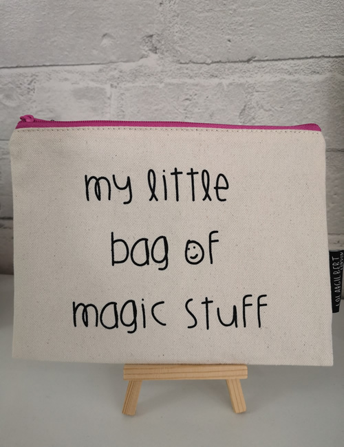Lola & Gilbert - My little Bag Of Magic Stuff (2)