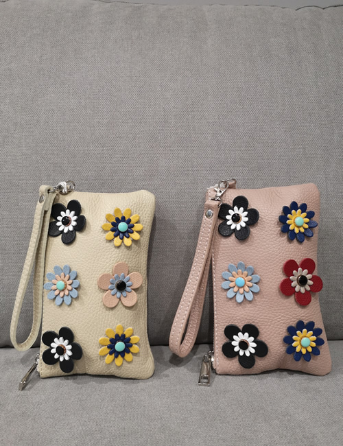 Moda - Small Leather Pouches with Flowers - Beige and Salmon Pink